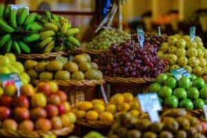 How Do Supermarkets Store Fruit and Vegetables?